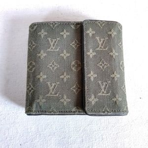 Louis Vuitton Mini Lin trifold wallet
